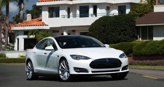Tesla, Tesla Model S, Tesla electric vehicle, electric vehicle, Tesla battery, lithium-ion battery, battery swapping, green transportation, green car