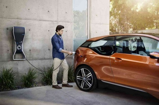 BMW, BMW i3, BMW electric vehicle, BME EV, electric vehicle, BMW green car, green car, green transportation, automotive, lithium-ion battery, electric motor