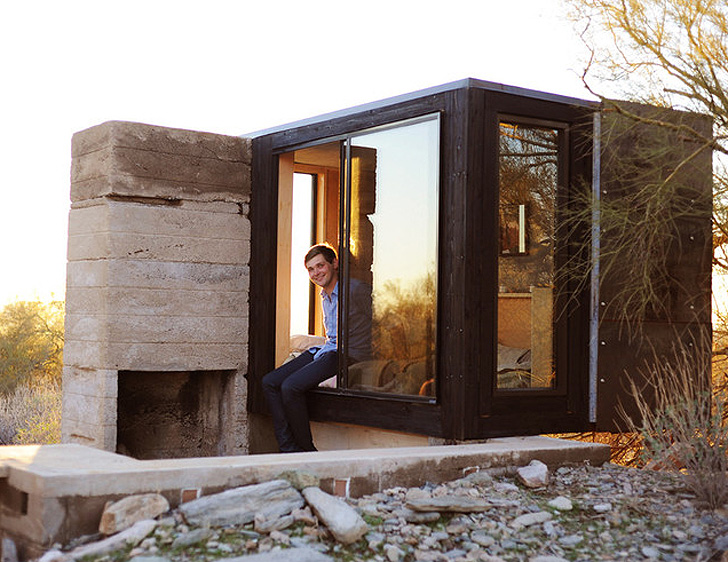 frank lloyd wright student builds tiny desert dwelling that only