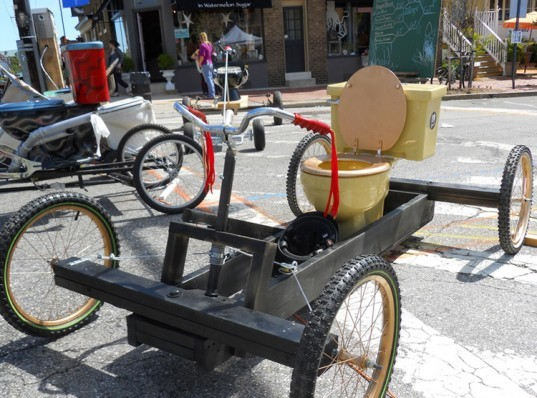 toilet, upcycle, reuse, sustainability, bicycle race
