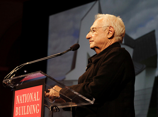 Frank Gehry, Frank Gehry Interview, Frank Gehry Foreign Policy Magazine, Foreign Policy Magazine, Frank Gehry on Dictators, Frank Gehry on Democracy, Frank Gehry Comments on Dictators and Democracy, Hillary Clinton Secretary of State Farewell Speech, Hillary Clinton on Frank Gehry, Frank Gehry Architecture, New York Architecture, Frank Gehry buildings, Robert Moses, Mayor Bloomberg