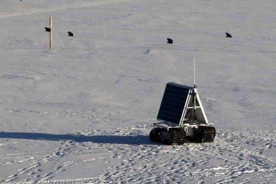 NASA, polar rover, GROVER, Greenland, rover, space mission, solar power, NASA GROVER, GROVER explorer, polar ranger, solar batteries