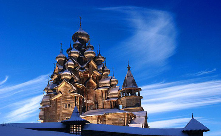 Kizhi Pogost Church is One of the World's Oldest and Tallest Wooden ...