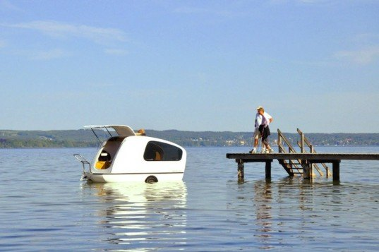 green transportation, green design, sustainable design, eco-design, Sealander, swimming caravan, caravan that goes in water, German design, German engineering, eco-design, caravan, camping, green holidays, sustainable holidays, small boats