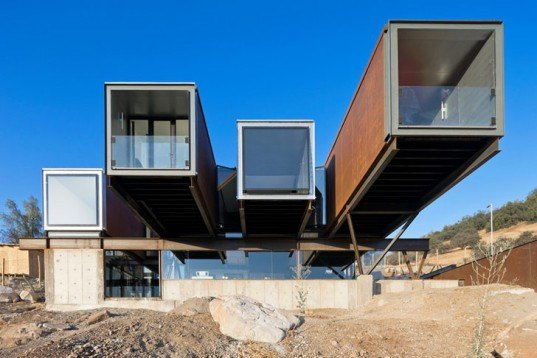 Sebastián Irrazábal, Recycled containers, Casa Oruga, Chile, Andes Mountains, Architecture, Daylighting, Recycled Materials