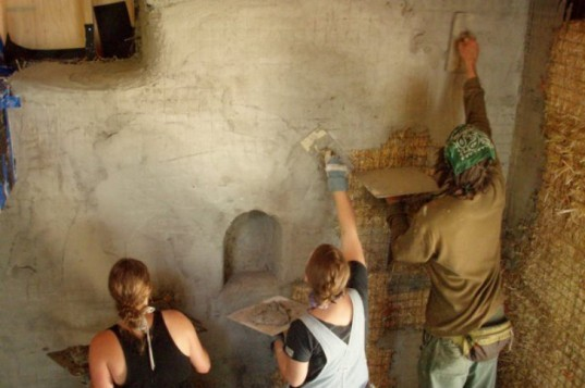 straw bale workshop, green building, sustainable building, natural building, green building workshop, workshop