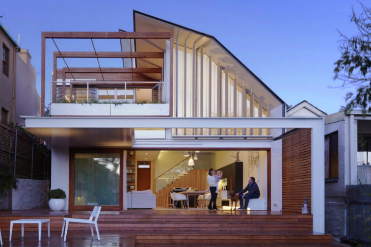 Energy Efficient Waverley House Embraces The Outdoors In