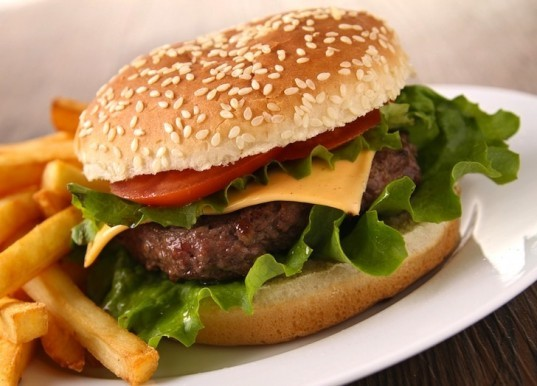 Mark Post, lab-grown burger, stem cell burger, £250,000 burger, London, alternative protein, alternative to meat, University of Maastricht, Dutch government funds synthetic protein, fake burger, burgers grown in a lab, cow stem cell burger,