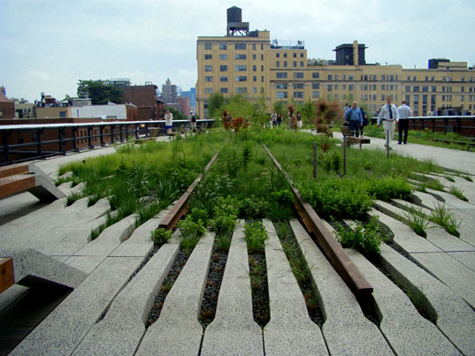 high line, high line condo, 520 West 28th Street, chelsea, zaha hadid nyc, nyc architecture, eco design, green nyc, high line architecture