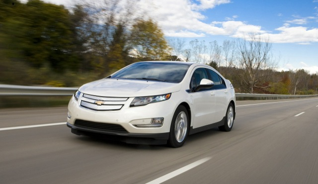 Gm Drops Starting Price Of 2017 Chevy Volt By 5 000