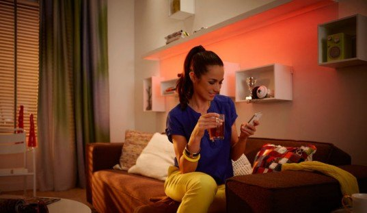smartphone controlled lighting system, colored led lighting, friends of hue philips