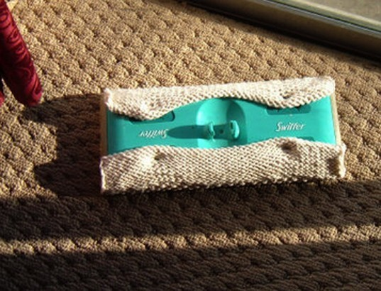 Knit Swiffer Cover with Bobbles