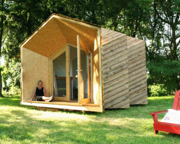 7af3b57280 DIY Hermit Houses: Tiny, Off-Grid Customizable Living Units