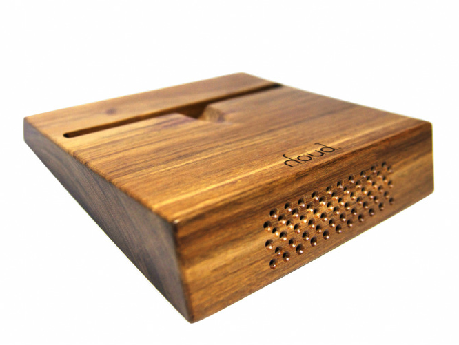Houd's Electricity-Free Wood Speaker Uses Natural Amplification to Produce Warm, Rich Sound