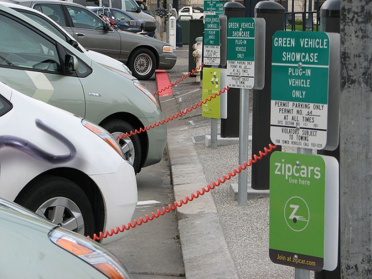 Norway S Gps Electric Vehicle Charging System Helps Drivers Locate