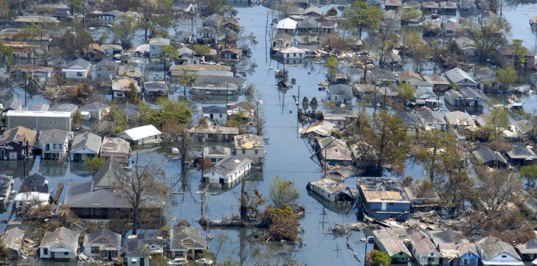 Flooding in New Orleans, LA, from Hurricane Katrina, NOLA, lower 9th ward, flooding, new orleans flooding, katrina floods
