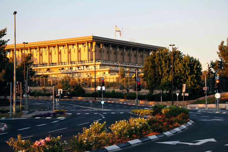 Israeli Parliament To Install Rooftop Solar In 2014