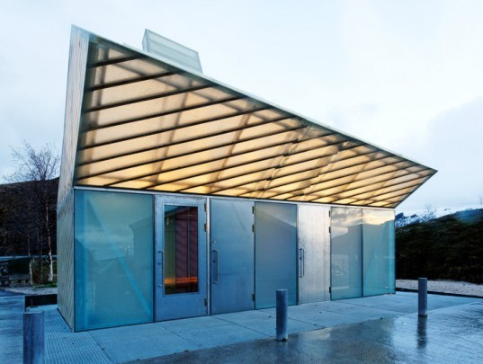 Carl-Viggo Holmebakk, Jektvik, Rodoy, Norway, Ferry, structural glazing, ferry terminal, LED lighting, daylighting, structure, modern building, experimental, polycarbonate