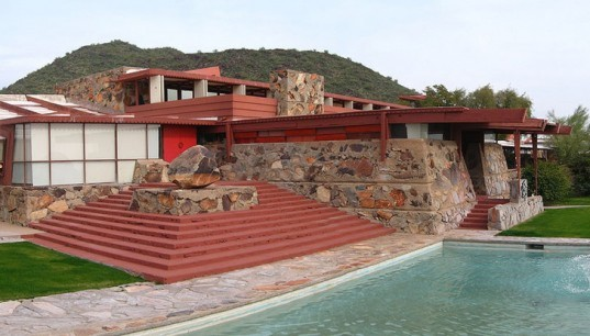 Frank Lloyd Wright School of Architecture, Frank Lloyd Wright Taliesin West, Taliesin West, organic architecture, architecture school, architectural education, Frank Lloyd Wright Foundation, school reforms
