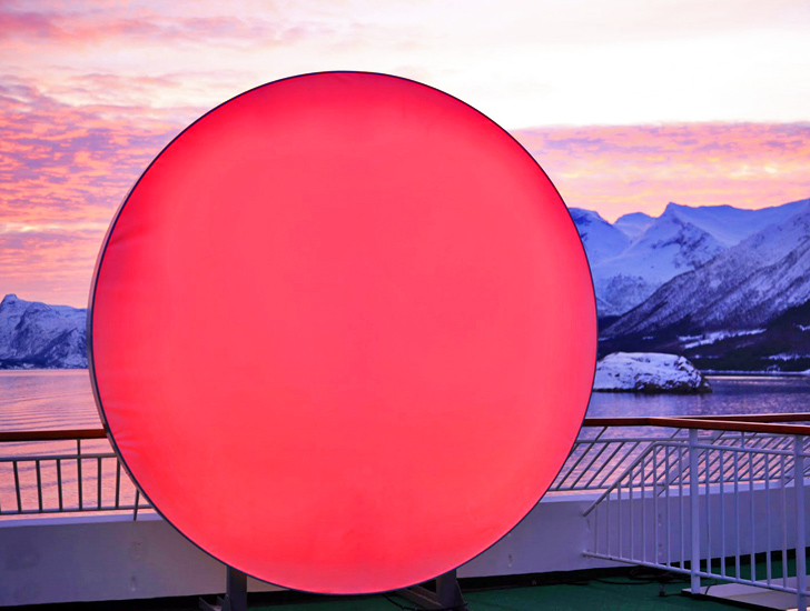 Giant LED Sun Travels Around the World to Light Up the Dark Winter Sky