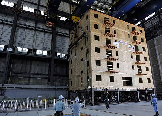 World's Largest Shake Table Tests Wooden 7 Story House, Earthquake testing, seismic testing