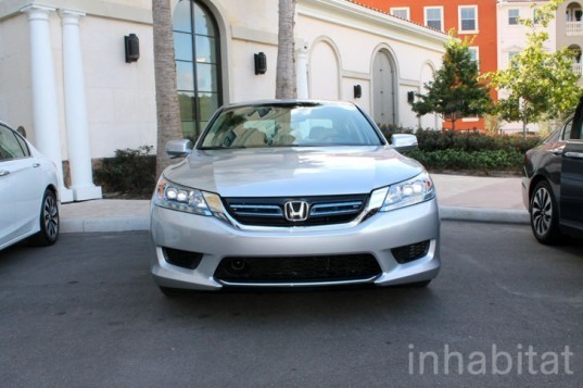 2014 Honda Accord Hybrid Test Drive | Autos Post