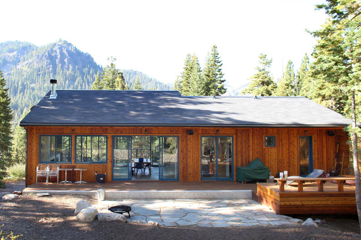 Solar powered alpine meadows cabin soaks up the sun in for Solar cottage plans