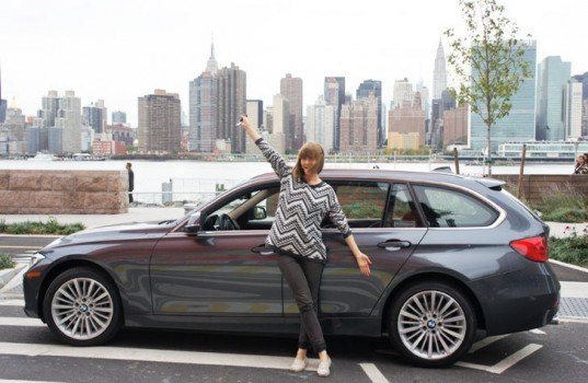 BMW 328D Diesel Sedan, Jill Fehrenbacher, New York City , testdrive, test drive, test-drive, diesel car, biodiesel, bio-diesel, clean diesel, green diesel, east river, Long Island City, Queens, Greenpoint, Inhabitat test drive, green car