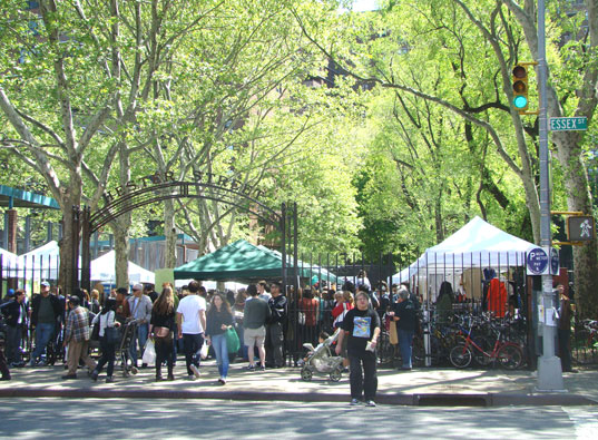 Saxelby Cheesemongers, Heritage Meat Shop, and the Baking Soda Shop, Pain D'Avignon, Duck's Eatery, McNulty tea and coffee, Melt Bakery, Hester Street, Hester Street Market, Hester Street Fair, The New Museum, Food, Places to Go in New York, Restaurants,