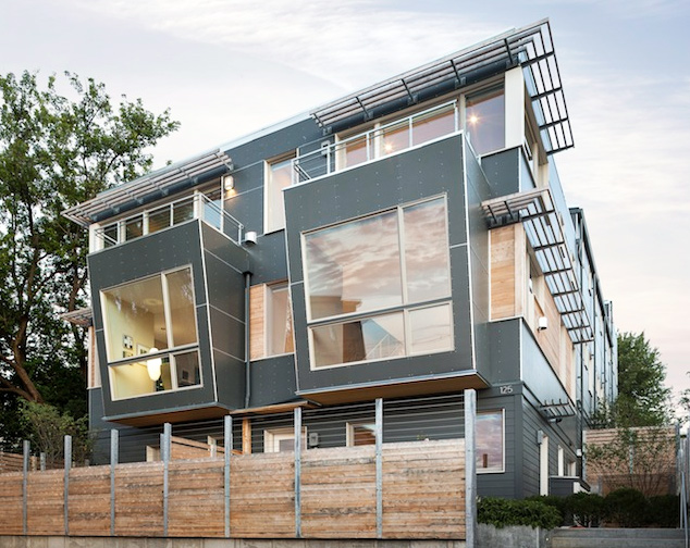 Kaplan thompson architects unveil super efficient for Building a house in maine