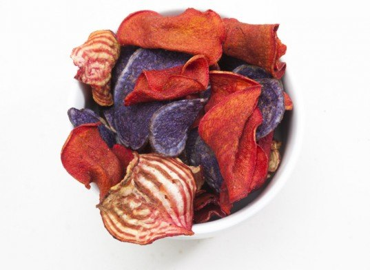 Beet chips, carrot chips, root vegetable chips