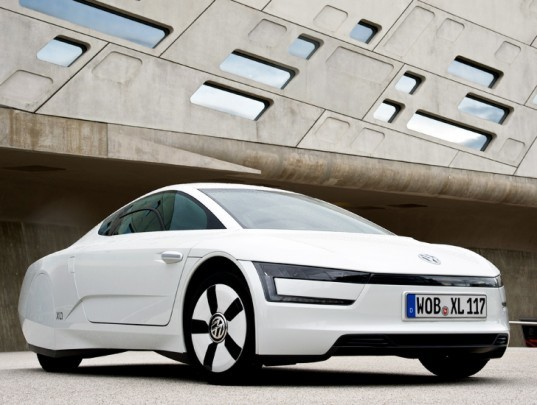 volkswagen, volkswagen xl, plug-in hybrid, hybrid vehicle, green transportation, green vehicle, hybrid car, hybrid gas electric car, low emission vehicle, CO2 emissions