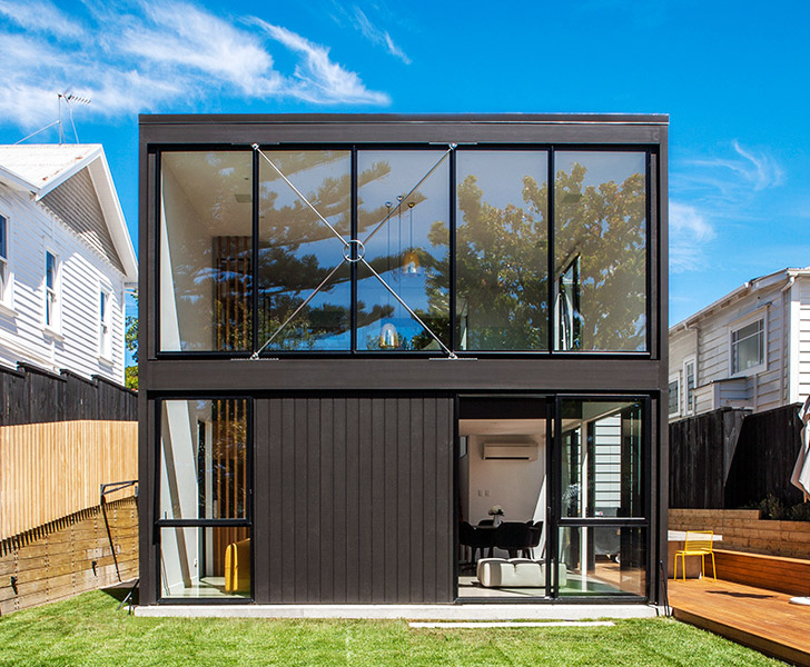sherwood house box living renovates old new zealand cottage into modern family home inhabitat. Black Bedroom Furniture Sets. Home Design Ideas