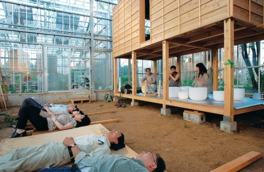 millennium city, japan, chiba, hiroshi iguchi, ecological living, greenhouse structure, solar powered japanese homes, communes, environmentally friendly living, gardens
