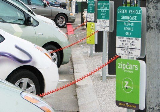 New EU Law to Create Massive Electric Vehicle Charging Grid Throughout Europe by 2020