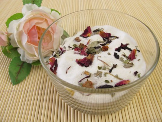 DIY: Homemade Bath and Body Products to Gift or Make for ...