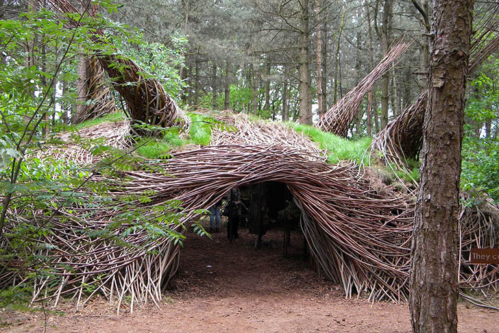 Dutch Willowman Creates Whimsical Organic Sculptures For