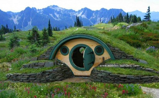 eco design, green design, hobbit holes, hobbit homes, hobbit house, kids playhouse, lord of the rings home, middle earth, small living, sustainable design, tiny homes, tiny shed home, wooden wonders