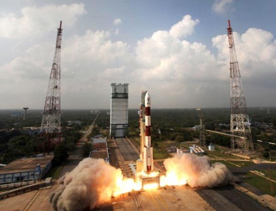 green design, eco design, sustainable design, Mangalyaan, India Space travel, India Mars launch, PSLV-C25, Polar Satellite Launch Vehicle, Indian Space and Research Organization