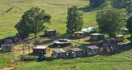 shanty town, emoya estate, south africa, shacks, poverty