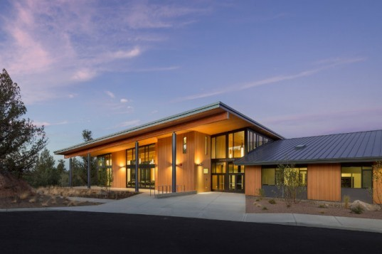 bend oregon preschools cascades academy is an all geothermal school in 492