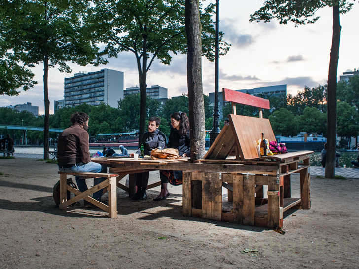Guerrilla Designers Upgrade Parisian Streets with Pop-Up Furniture Made from Trash [PHOTOS]