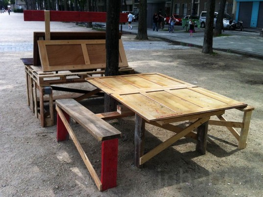 Duccio Maria Gambi, Chapitre Zero, recycled street furniture, Paris, recycled wood, guerrilla furniture, rough and ready, DIY, green furniture, Urban design, social design, Recycled Materials, Green Materials,