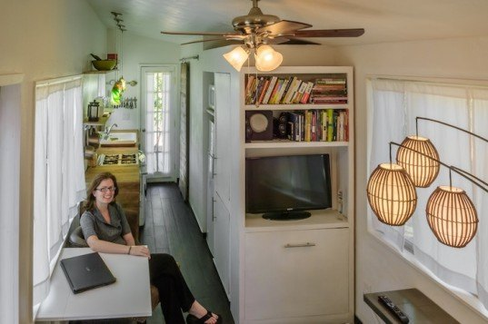 macy miller, minimotives, tiny house, tiny living, micro home, micro house, recycled pallets, flatbed trailer, tiny dweller, sustainable living, off the grid