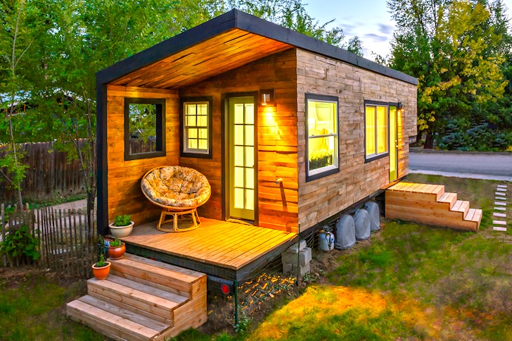 Architect Builds Tiny 196 Square Foot Dream House From Scratch