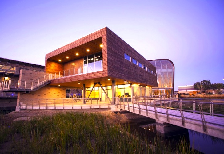 LEED Gold Advanced Water Purification Facility Makes Water