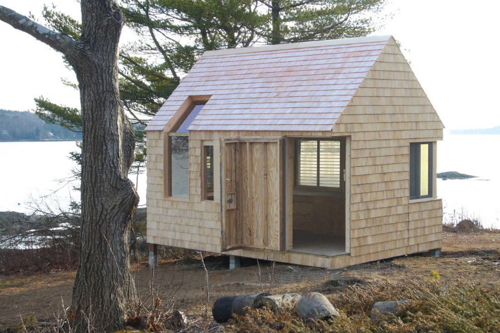 Wooden Writer S Block Cabin And Boathouse Offers A