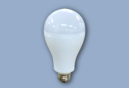 New SmartCharge LED Lightbulb Works Even When the Power Goes Out
