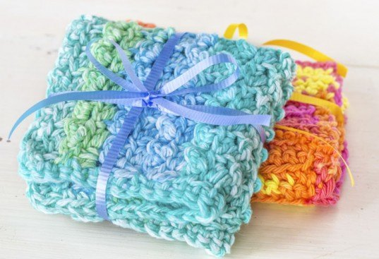 DIY: Crocheted and Knit Dishcloths and Washcloths to Help Kick Your Paper Towel Habit
