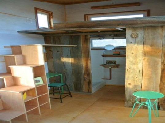 Durango Tiny House, Durango, Colorado, architecture, tiny homes, minimalist homes, tiny transportable homes, reclaimed materials, energy efficiency,